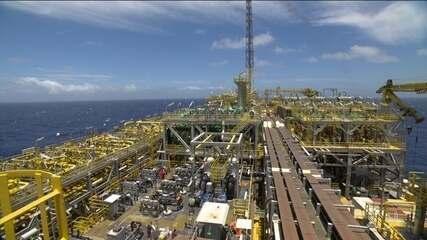 Queda do preço do petróleo pode alterar a arrecadação da União, estados e municípios