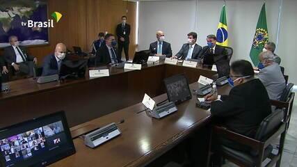 Bolsonaro sobre fechar rodovias: 'Um estado não pode agir diferente do outro'