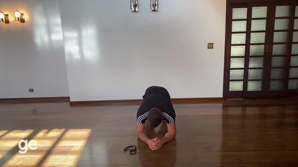 Com movimentos de luta, personal Lyncon Frank monta treino para fazer em casa - parte 3
