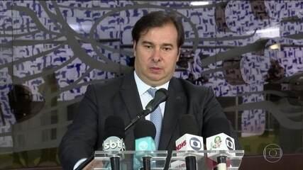 Presidente da Câmara, Rodrigo Maia, cobra do governo apoio a informais e empresas
