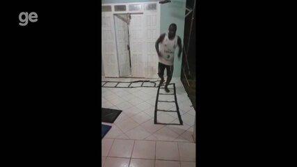 Vídeo mostra Jean Marabaixo durante treino na quarentena