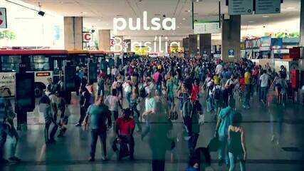 'Paralelo' é um dos poemas em homenagem ao aniversário de Brasília