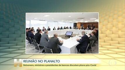 Bolsonaro se reúne com ministros e presidentes do Banco Central, do BNDES, da CEF e do BB