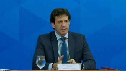 Ministro do Turismo sobre impacto do novo coronavírus no país: 'Brutal em todo o setor'