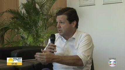 Prefeito do Recife defende distribuição do auxílio emergencial em outros bancos