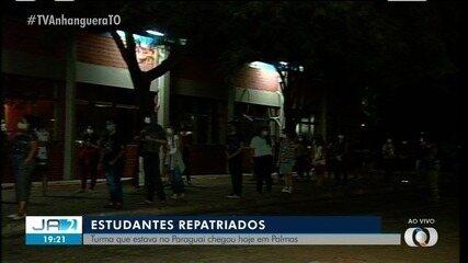 Estudantes tocantinenses que estavam no Paraguai chegam a Palmas
