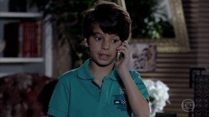 Pedro Jorge liga para Danielle