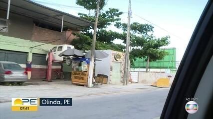 Olinda tem pouca gente nas ruas em mais um dia de quarentena rígida