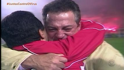 Título da Libertadores do Inter de 2006 teve grande participação do técnico Abel Braga