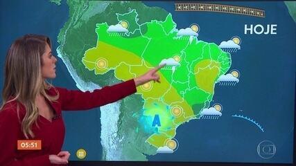 Veja a previsão do tempo para todo o país nesta segunda-feira