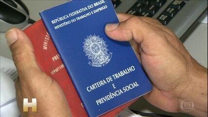 Desemprego no Brasil chega a quase 13 milhões de pessoas até abril, segundo IBGE