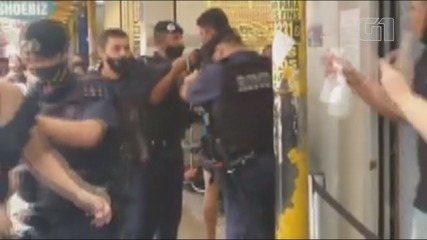 Guardas agridem ambulante e população se revolta em São Vicente