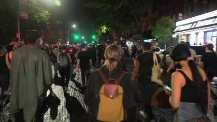 Em Nova York, manifestantes marcham no Brooklyn, região de maioria negra