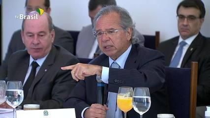 Ministro da Economia, Paulo Guedes, confirma extensão do auxílio emergencial