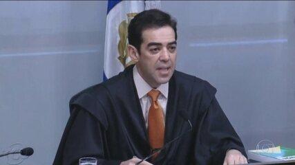 TCU aprova contas de 2019 do governo Bolsonaro com ressalvas