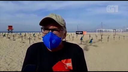 Protesto em Copacabana lembra mortos por Covid