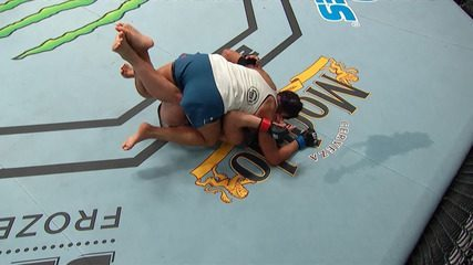 Melhores momentos de Jessica Eye x Cynthia Calvillo no UFC