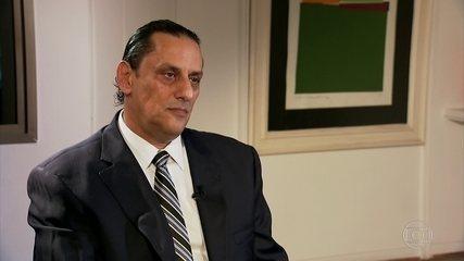 Quem é o advogado Frederick Wassef, dono da casa onde Fabrício Queiroz foi  preso | Política | G1
