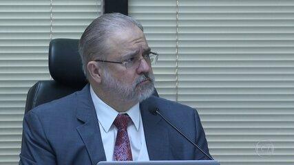 Saída de procuradores da equipe da Lava Jato na PGR provoca críticas à gestão de Aras