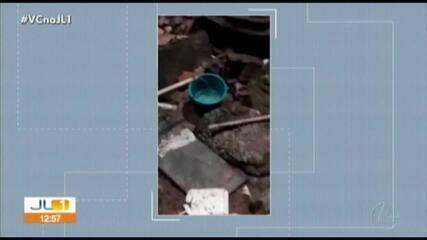 Moradores reclamam da falta de água no conjunto da Cohab no distrito de Icoaraci, em Belém