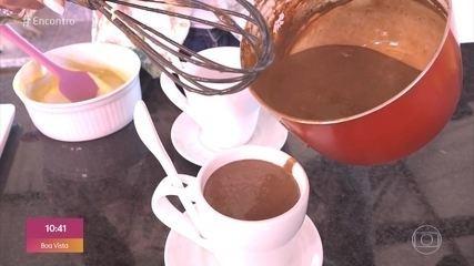 Ana Maria ensina a fazer chocolate quente