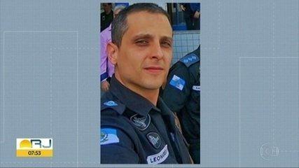 Policial envolvido com milícia se entrega