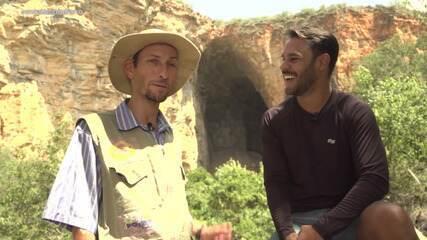 Conheça a Gruta dos Brejões, em Morro do Chapéu, e as histórias das formações rochosas