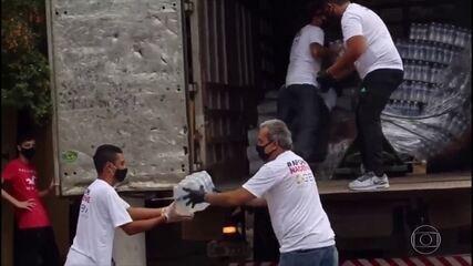 Solidariedade S/A: doação de cestas básicas e itens de higiene pessoais