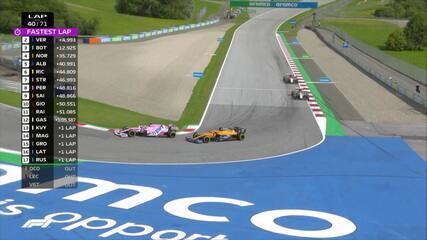 GP da Estíria: Sainz ultrapassa Pérez, que retoma posição em seguida