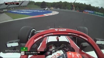 Kubica roda na saída dos boxes pelo treino livre do GP da Hungria