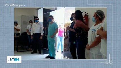 Médico que ficou 4 meses afastado depois de acidente volta atender pacientes em Trindade