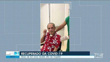 Idoso de 62 anos recebe alta após ficar em tratamento contra a Covid-19 em São Luís