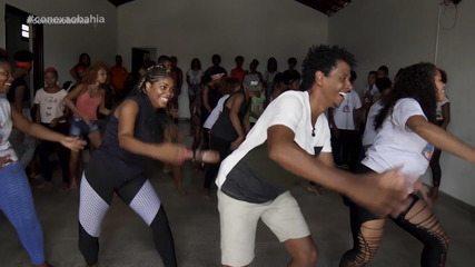 Grupo oferece aulas de dança nas comunidades carentes de Simões Filho
