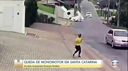 Um avião monomotor caiu em Guabiruba, em Santa Catarina
