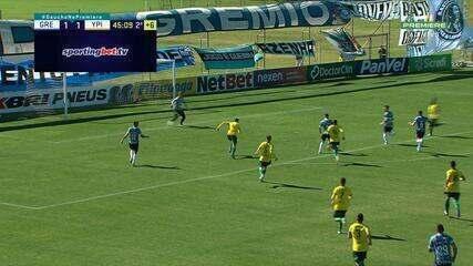 Matheus Henrique fica cara a cara com o goleiro do Ypiranga, que defende, aos 45 do 2'T