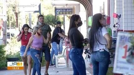 Comeciantes são autuados por conta de funcionamento após toque de recolher em Palmas