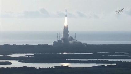 Veículo espacial americano é lançado rumo a Marte para buscar sinais de vida no planeta