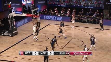 Gobert marca os dois primeiros pontos da partida, para o Utah Jazz