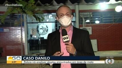 Perícia analisa objetos encontrados junto ao corpo do Danilo Sousa, em Goiânia