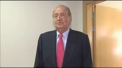 Envolvido em casos de corrupção, rei Juan Carlos deixa a Espanha