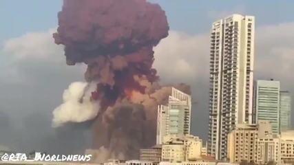 Veja o momento exato da explosão no porto de Beirute