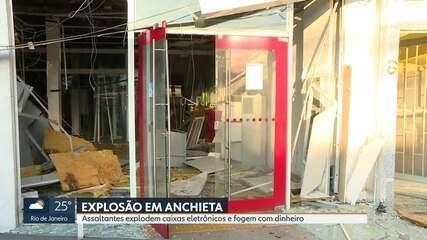 Criminosos explodem agência bancária em Anchieta