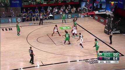Linda ponte aérea do Celtics em ataque contra o Raptors