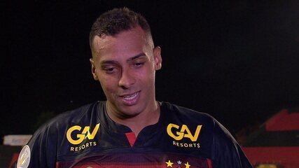 """Autor de dois gols, Élton comemora vitória do Sport: """"Temos que encarar cada jogo como uma decisão"""""""