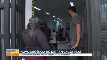 Nova exigência do Detran para CNHs causa filas em Instituto de Identificação de SP