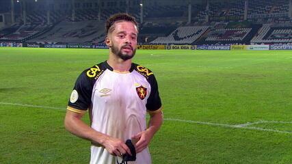 """Lucas Venuto lamenta passividade do Sport no primeiro tempo e fala sobre fase do clube : """"O que passou a gente tenta deixar para trás"""""""