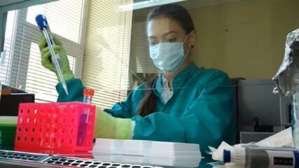 Vacina russa: 40 mil pessoas serão testadas na fase 3