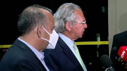 Senadores convidam Paulo Guedes para explicar declaração sobre crime na derrubada de veto