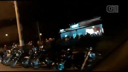 Show de pagode promove aglomeração em Pederneiras