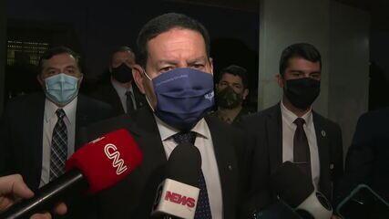 'Ministro Salles se precipitou', diz Mourão sobre suspensão de combate ao desmatamento